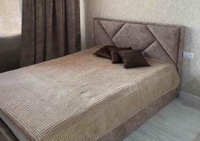 Мягкая 1,5 спальная кровать