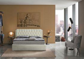 Мягкая современная кровать